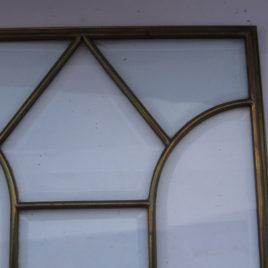 Glas in lood raam punt in midden
