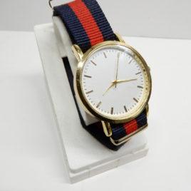 CE horloge kleurrijke band