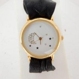 Dames horloge met konica's no 32